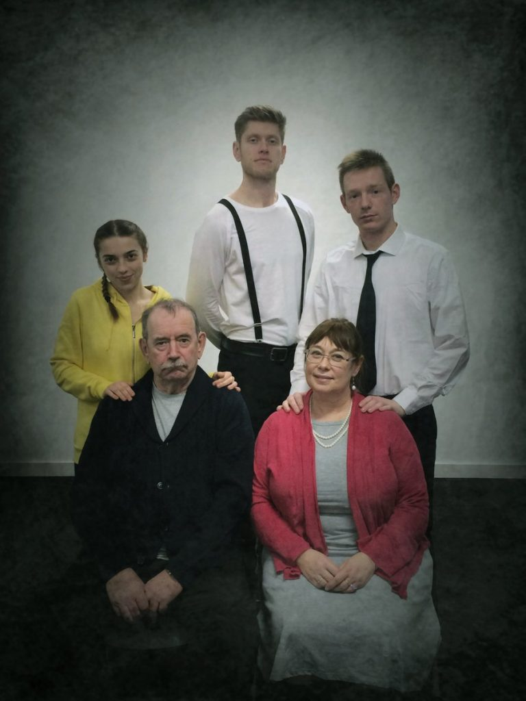 Metamorphosis cast