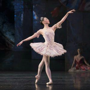 Miki Mizutani as the Sugar Plum Fairy photo by Bill Cooper