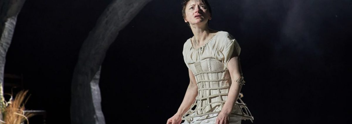 Jodie McNee in Faustus That Damned Woman photo by Manuel Harlan