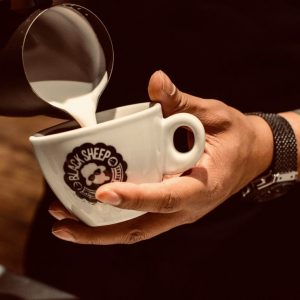 BSC Coffee pour